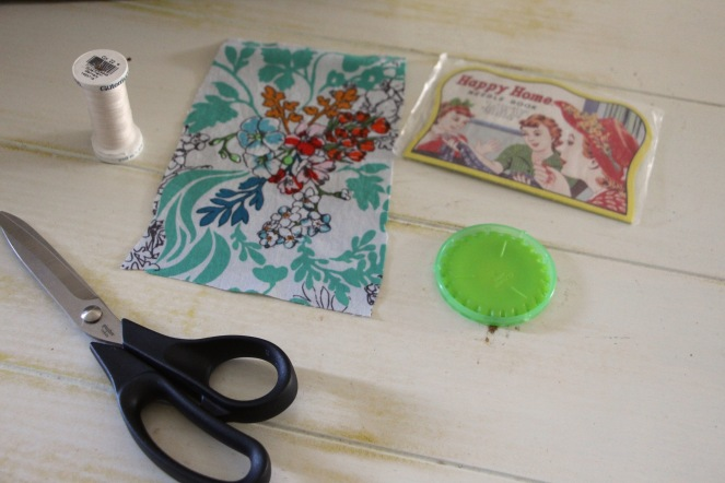 materials for making a yo yo flower